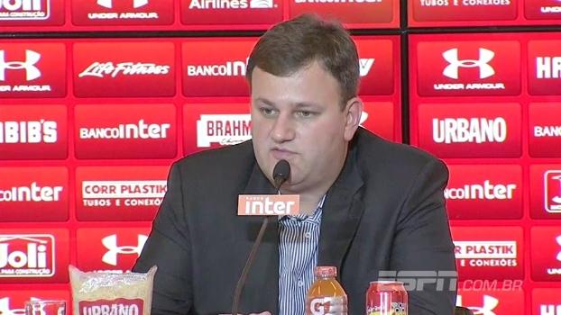Diretor do São Paulo explica situações de Lugano e Maicon e diz que não dificultará saída de Lucão