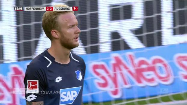 Na Alemanha, Kevin Vogt faz gol contra no fim e Hoffenheim tropeça no Augsburg em casa