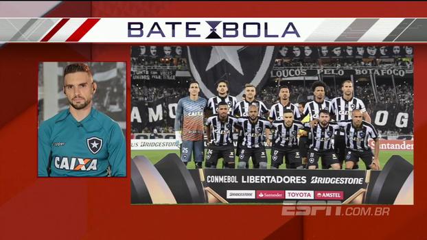 Pimpão revela como surgiu ideia de imagem histórica com bandeira do Botafogo