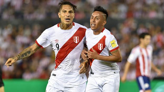 Cueva comenta suspensão de Guerrero, revela mensagem do atacante ao grupo peruano e diz: 'Não podemos baixar a guarda'