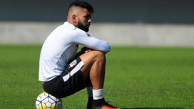 Família de Gabigol não abre mão de porcentagem e transferência com Juventus trava