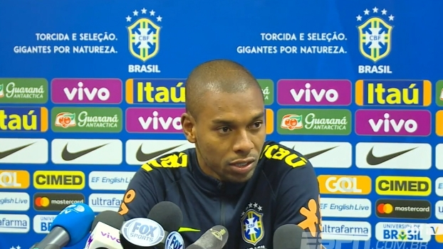 Fernandinho e Weverton falam sobre preparação para a Copa do Mundo: 'Um passo de cada vez'