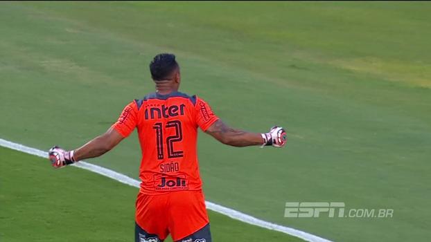 7146c024f8 Neymar jogou como se tivesse um melão na cabeça