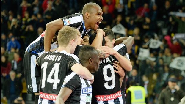 De virada, Udinese goleia o Palermo em casa por 4 a 1