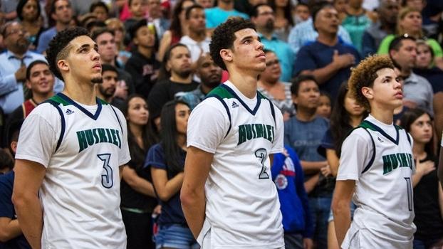 LaMelo, Lonzo e LiAngelo: conheça os irmãos mais polêmicos e promissores do basquete universitário