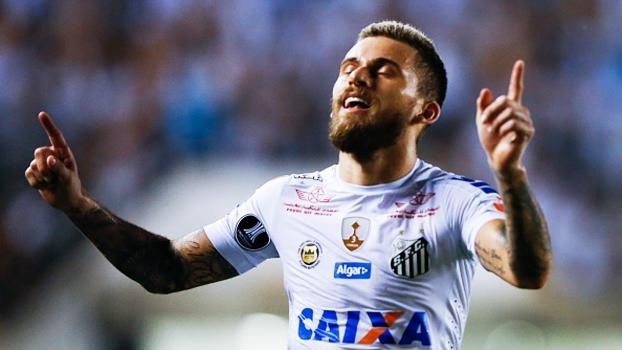 A pedido de Neymar, Lucas Lima acerta com o Barcelona e se apresenta no fim do ano