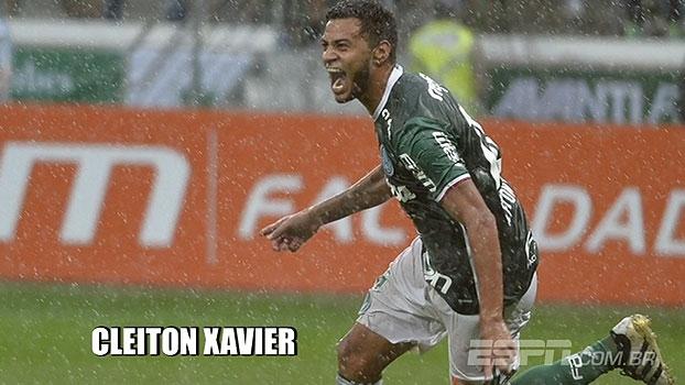 Cleiton Xavier acerta com o Vitória por 2 anos; reveja lances do meia