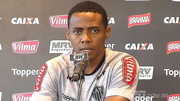 Elias elogia trabalho de Roger e vê campanha no Brasileiro como 'ponto fora da curva'
