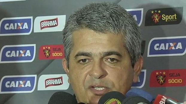 Demitido, Ney Franco agradece empenho de atletas e diz que diretoria citou 'muita pressão' para saída