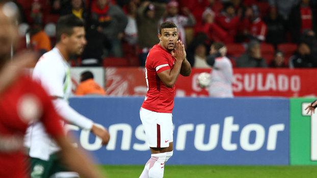 Série B: Gol de Internacional 1 x 0 Luverdense