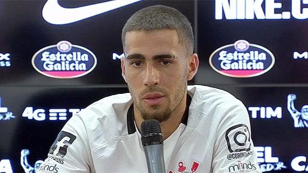 Gabriel é apresentado no Corinthians: 'Vou defender as cores do clube até o fim'