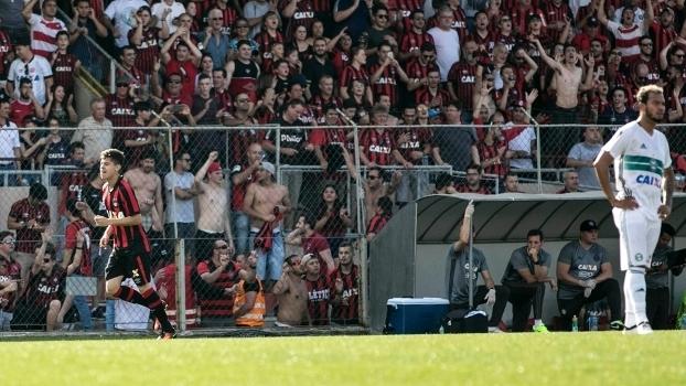 Brasileiro: Gols de Atlético-PR 2 x 0 Coritiba