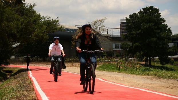Ponte móvel mais ciclovia marcam o início de um Parque Linear na margem esquerda do Rio Pinheiros | Bike é Legal