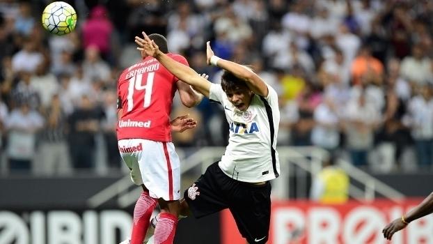 820225bc5a Brasileiro  Gol de Corinthians 1 x 0 Internacional - ESPN