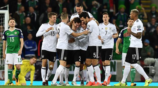 Veja os melhores momentos de Irlanda do Norte 1 x 3 Alemanha