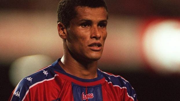 No Camp Nou, Barcelona venceu Celta de Vigo com gol de Rivaldo em 1997; relembre