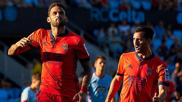 Goleiro entrega, Willian José marca no fim, e o Real Sociedad vira sobre o Celta de Vigo
