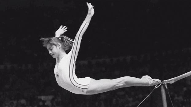 Você sabia? Nadia Comaneci recebeu a 1ª nota 10 da ginástica em uma Olimpíada