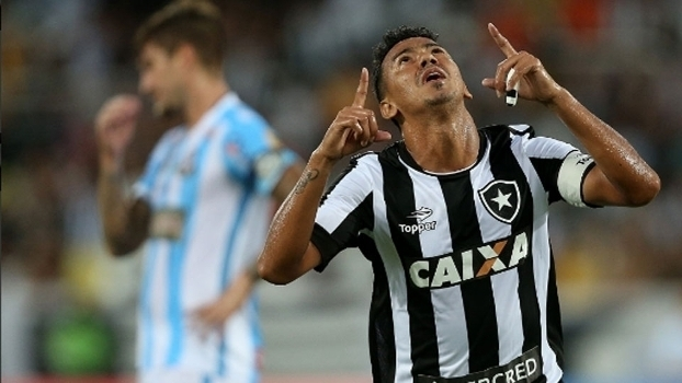 Carioca: Gols de Botafogo 2 x 1 Macaé