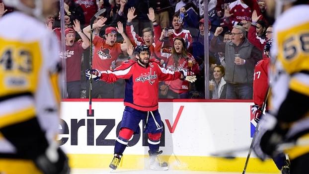 Alex Ovechkin alcança 1000 pontos na NHL com 2 gols em vitória dos Capitals sobre os Penguins