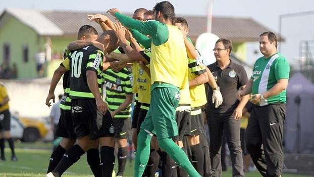 Paranaense: Gols de Rio Branco 0 x 2 Coritiba