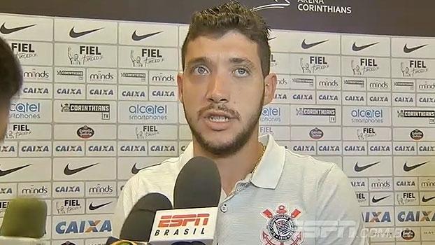 Caique revela conversa com Cássio e comemora chance como titular: 'Espero outras oportunidades'
