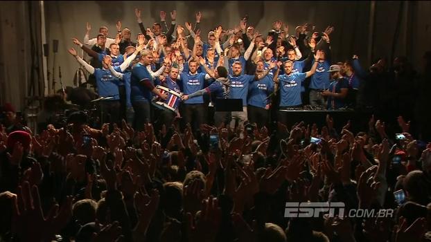 Após classificação inédita à Copa, torcida da Islândia dá show ao lado da seleção