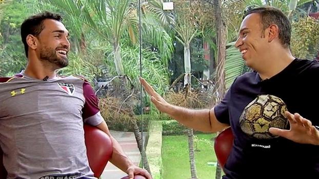 Gilberto, atacante com trilha sonora, conquistador e 'clone' de Antonio Banderas; veja o 'Além da Bola'