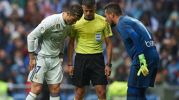 Diego Alves revela o que Cristiano Ronaldo disse após pênalti defendido: 'Você sempre pega os meus!'