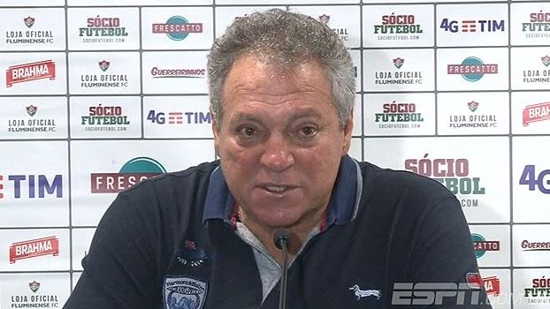 Abel Braga fala em vitória justa do Grêmio, mas diz que três gols foi 'exagero'