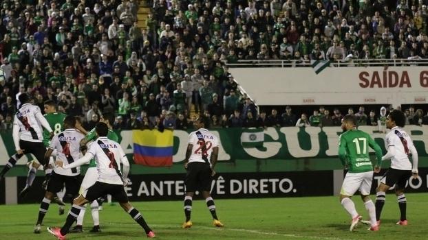 Brasileiro: Gols de Chapecoense 2 x 1 Vasco