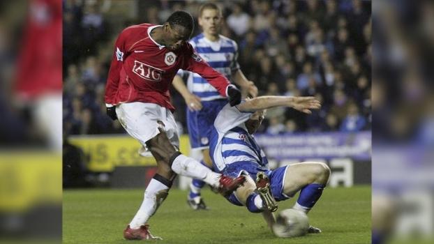 Em 2007, United de Saha fez três gols em seis minutos e eliminou Reading na Copa da Inglaterra