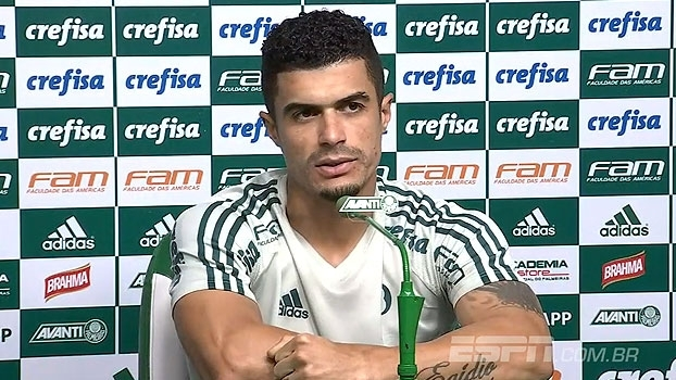 Egídio fala sobre revezamento na lateral esquerda e fala sobre fim de contrato com o Palmeiras