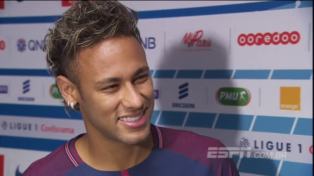 Neymar diz que não imaginava apresentação tão mágica: 'Melhor do que eu esperava; torcida me arrepiou'