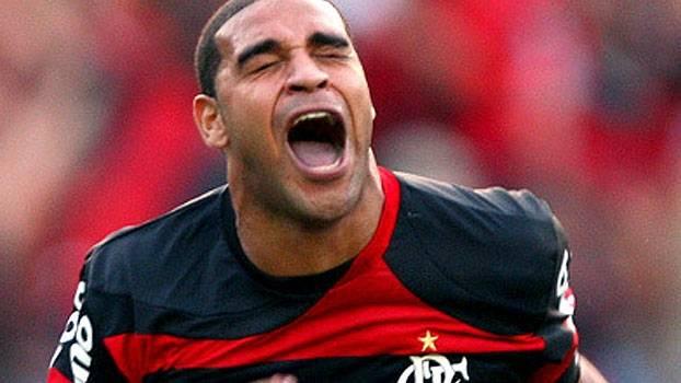 Em 2009, 'Imperador' marcou e deu a vitória ao Flamengo diante do Corinthians