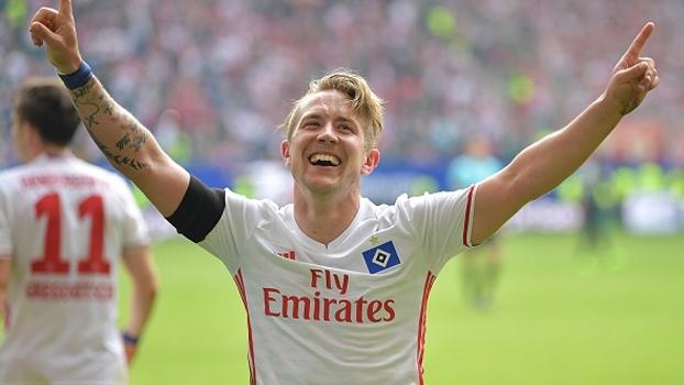 Com gol chorado nos acréscimos, Hamburgo vence Colônia e vai ao 13º lugar