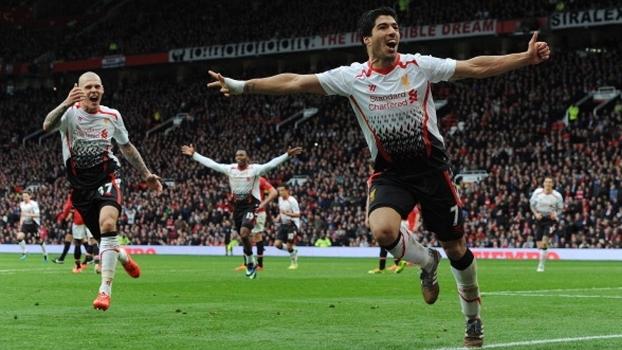Em 2014, Gerrard e Suárez decidiram e Liverpool fez 3 a 0 no United dentro do Old Trafford