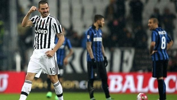 bc834412a20fe Italiano  Melhores momentos de Juventus 2 x 0 Internazionale - ESPN