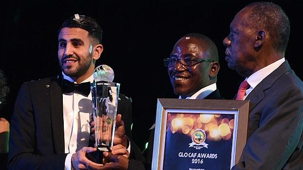 Veja o momento em que Riyad Mahrez recebe prêmio de melhor jogador africano de 2016