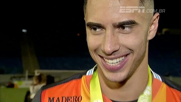Goleiro do Londrina celebra título nos pênaltis, fala em sonho realizado e avisa: 'Está só começando'