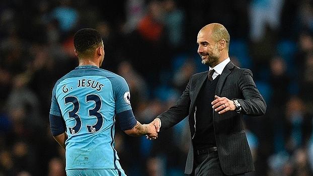 Guardiola se derrete por Gabriel Jesus: 'Fico pensando no que teria acontecido se ele não tivesse se machucado'