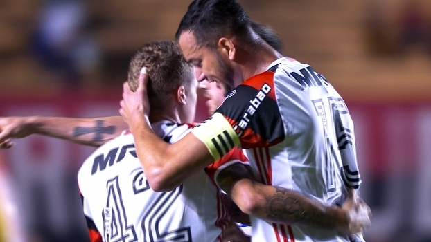 Confira os gols da vitória por 2 a 1 do Flamengo sobre o Atlético-GO