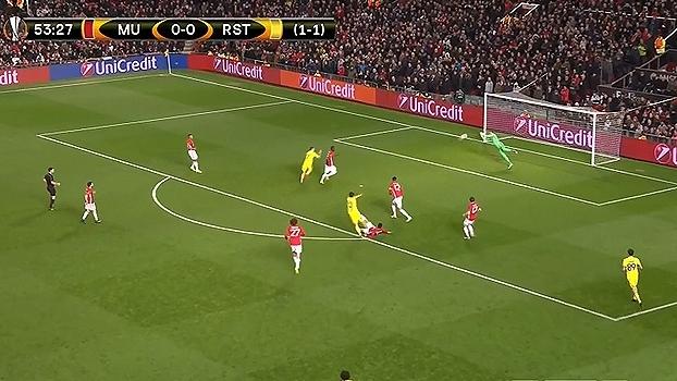 Tempo real: ROMERO! Azmoun faz boa jogada pela direita e chuta para a boa defesa do goleiro argentino
