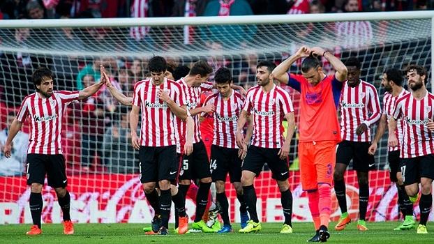 Bilbao vence Granada e segue perto de vaga na Europa League
