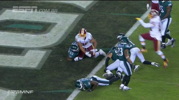 Assista aos lances da vitória dos Eagles sobre os Redskins por 34 a 24!