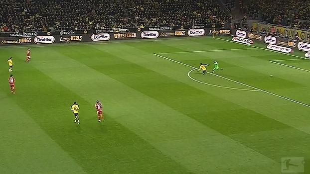 Tempo real: Hansen domina mal e Aubameyang quase faz goleirão se complicar