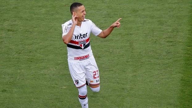 Veja os gols da vitória do São Paulo sobre o Santos por 2 a 1 pelo Brasileiro