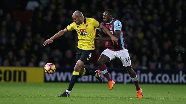 Watford sai na frente, mas toma empate do West Ham na Premier League