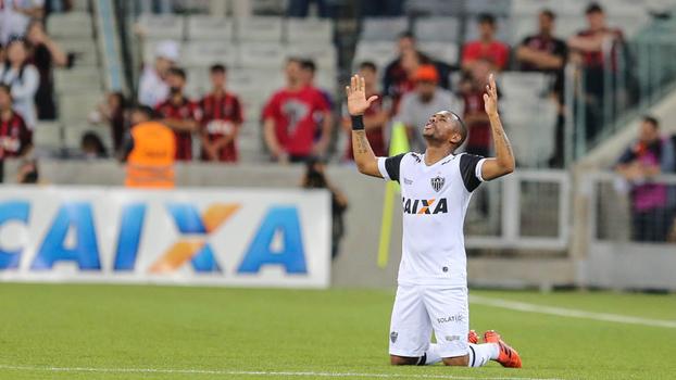 Brasileiro: Gols de Atlético-PR 0 x 2 Atlético-MG