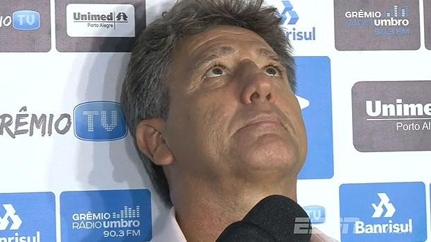 Interrompido, Renato Gaúcho perde a paciência com jornalistas em coletiva